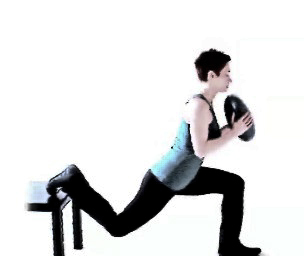 Bulgarian med.ball squat2